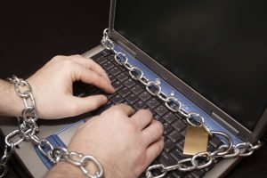 chained_keyboard_writer_rotator_675x450