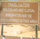 pinal_smuggling_sign